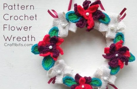 Crochet Flower Christmas Wreath
