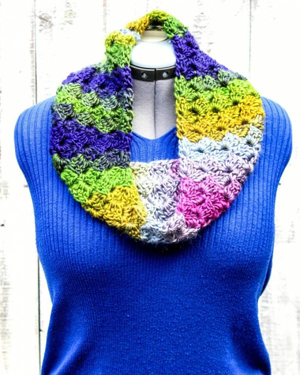 Crochet Cross Hatch Stitch Cowl Pattern