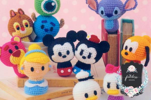Free mickey mouse amigurumi crochet patterns | 400x600