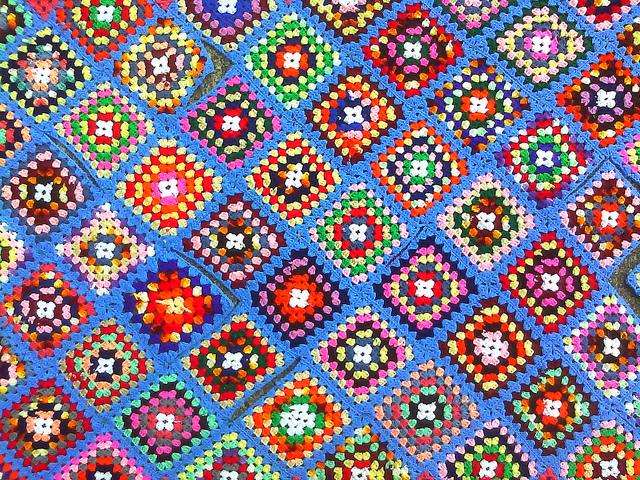 scrap granny square afghan, crochetbug, crochet afghan, granny square afghan, scrap yarn, scrap crochet
