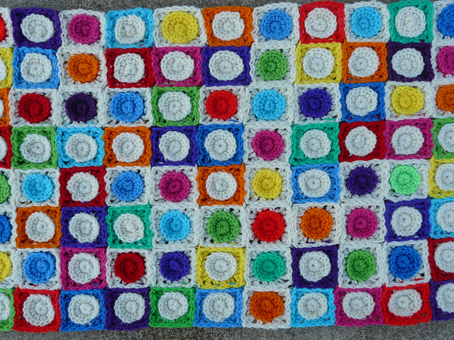 modular crochet square with a crochet circle at the center