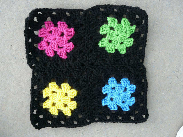 I encounter the sublime in a four-round granny square motif