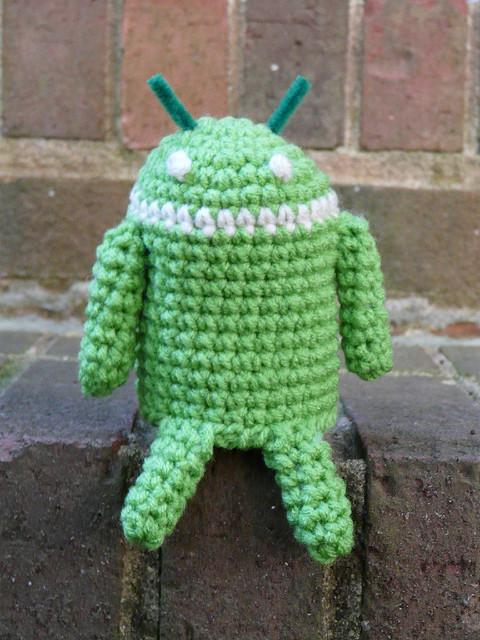android amigurumi, crochet android