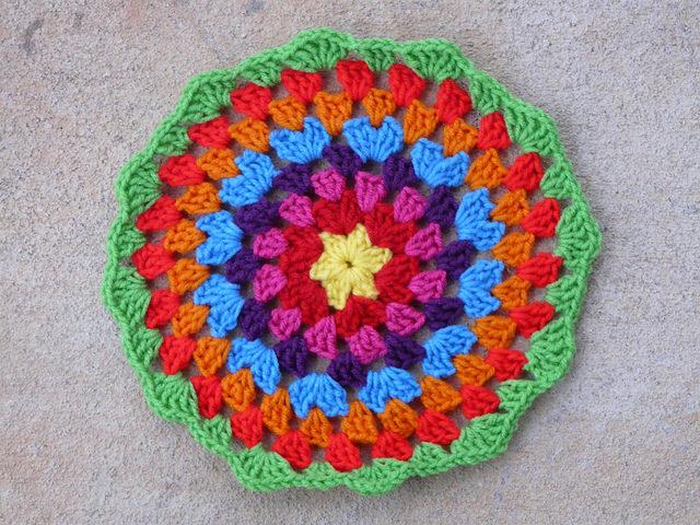 crochetbug, crochet mandala, concentric crochet circles, crochet granny circle