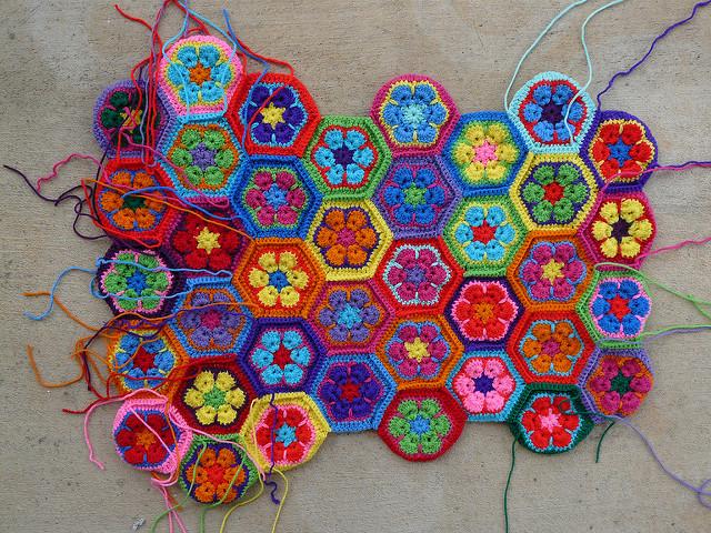 crochet hexagons for a crochet tote