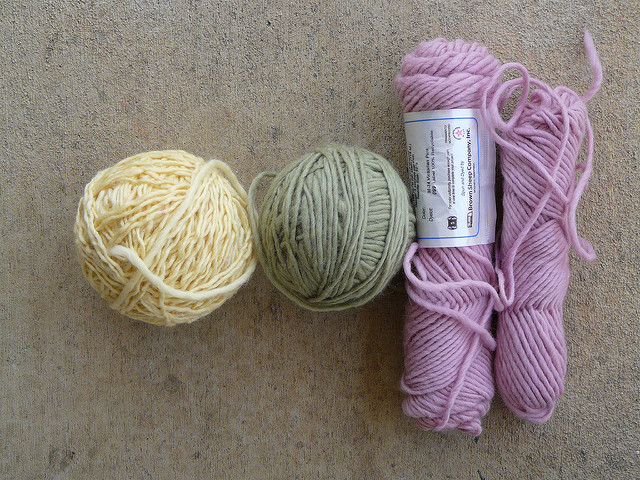 wool and mohair yarn to be dyed in Kool-Aid