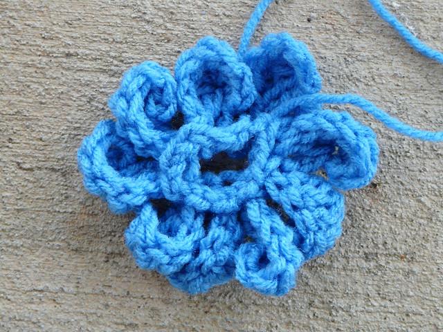 crochet zinnia petals