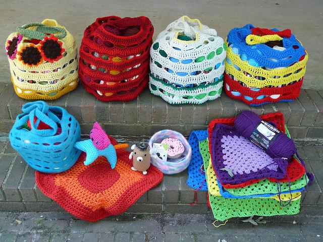 crochetbug, crochet baskets, crochet bags, crochet pet mat, crochet granny squares, crochet cat, crochet hamster, amigurumi, yarn stash
