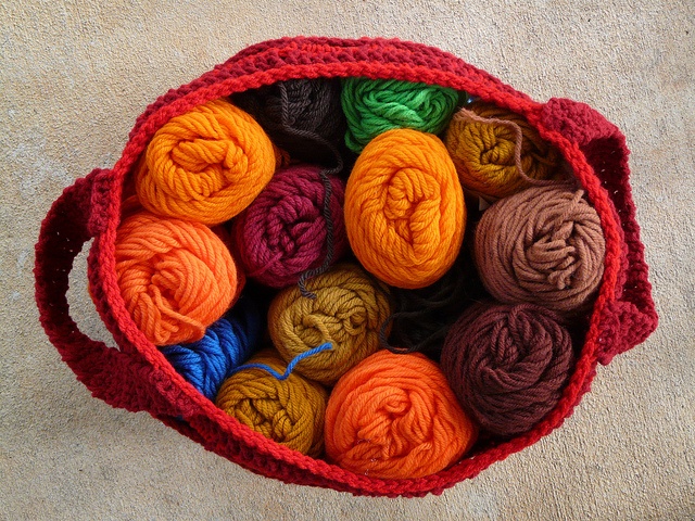 crochetbug, crochet bag, crochet basket, crochet hexagon, crochet yarn stash, cheerwine, vintage yarn, yarn stash