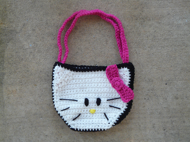 kitty crochet purse