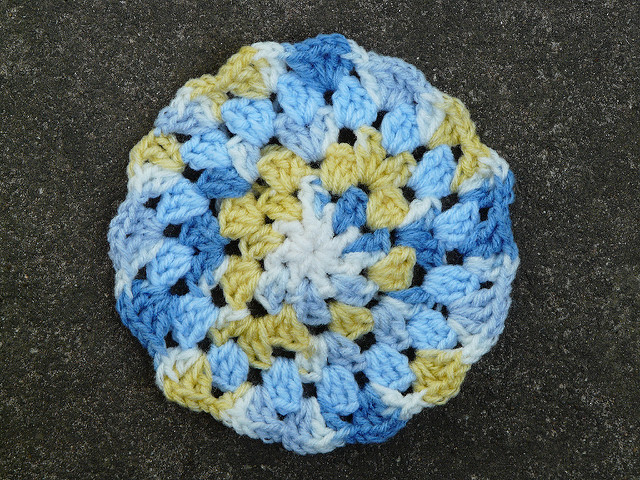 granny square crochet circle