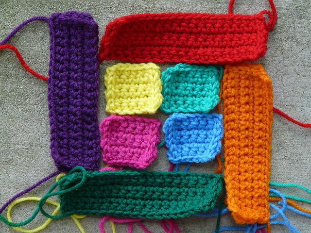 A Bauhaus crochet motif made from crochet squares and crochet rectangles