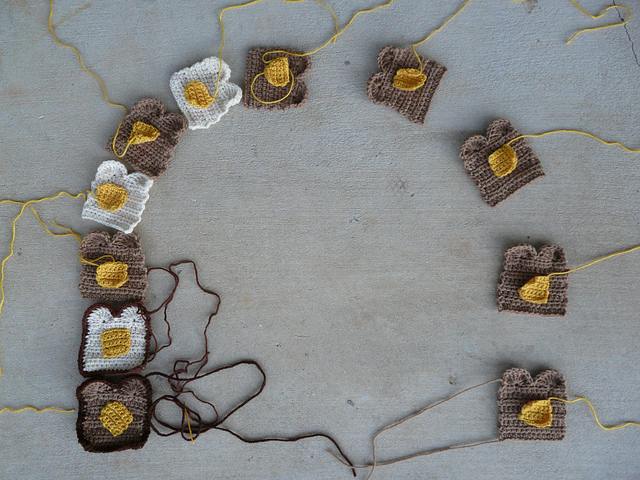 pieces of crochet toast for a crochet scarf