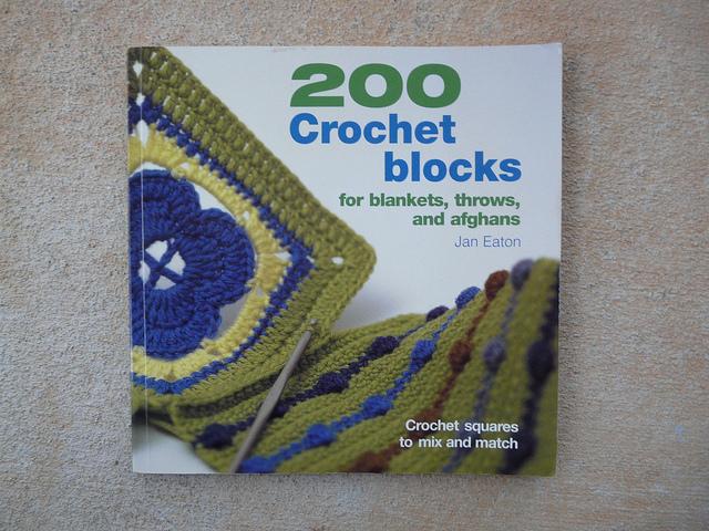 200 crochet blocks crochet book