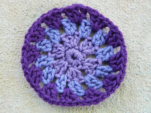 crochet circle, crochetbug