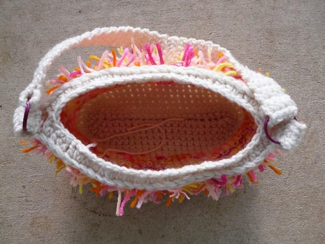 crochetbug, crochet bag, crochet purse, crochet tote, scrap yarn crochet, crocheting