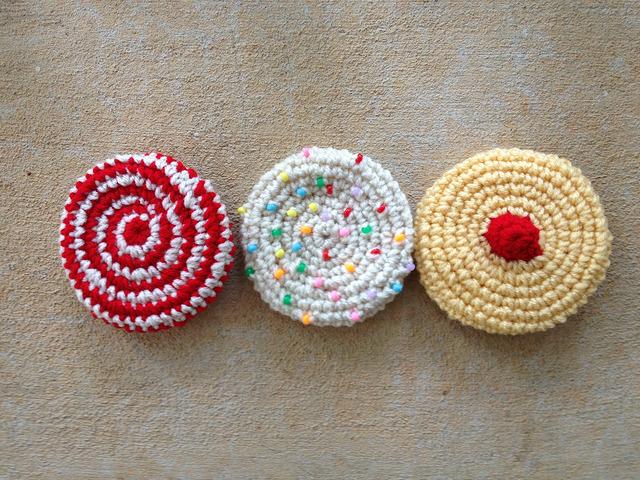 Half of a half-dozen crochet cookies
