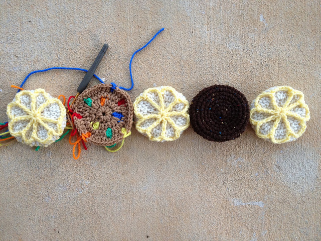 five crochet cookies for a five cookie day