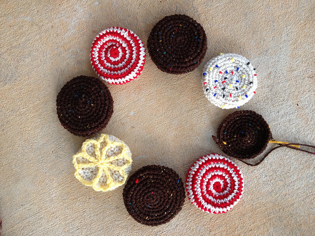 eight crochet cookies