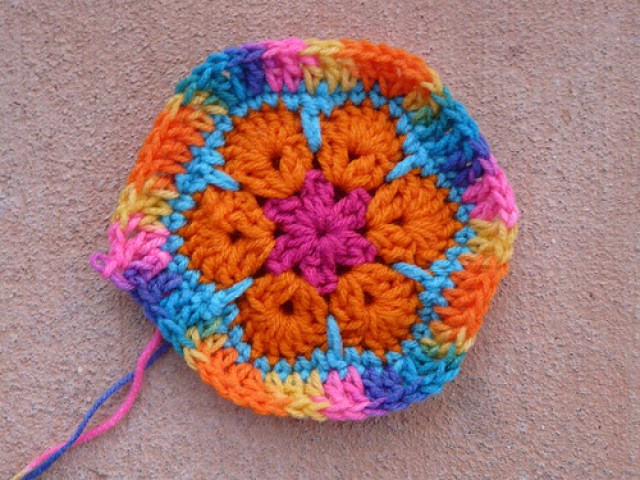 crochetbug, crochet squares, crochet circles, crochet flowers, crochet strips, crochet stripes, textured crochet flowers, granny squares