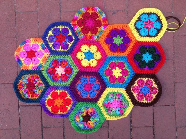 crochetbug, crochet hexagons, african flower crochet hexagons, crochet flowers, crochet meditation
