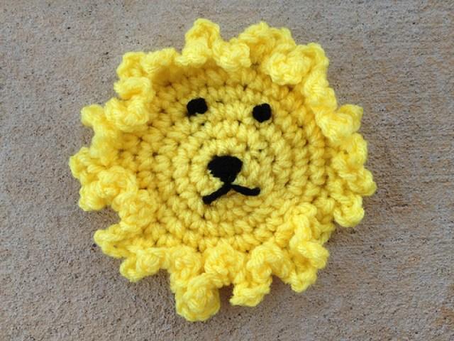 crochet circle, crochet hexagon, crochetbug, hyperbolic crochet, crochet lion, crochet blanket, crochet afghan, crochet throw