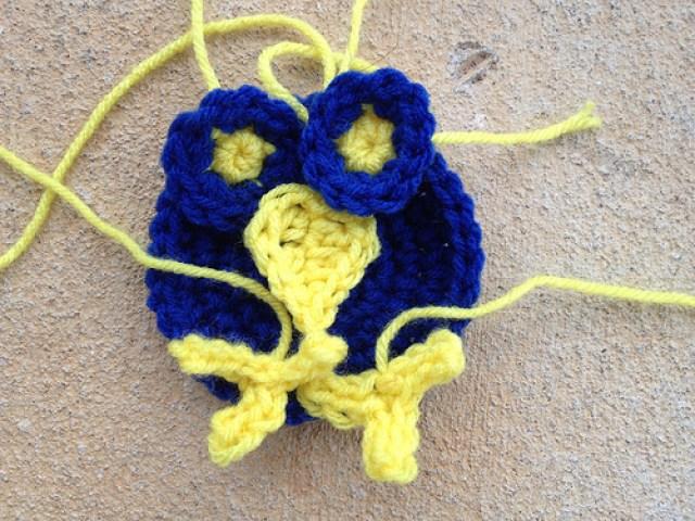 Anne Halliday, crochetbug, leisure arts, crochet hexagons, crochet bird, crochet afghan, crochet blanket, crochet throw
