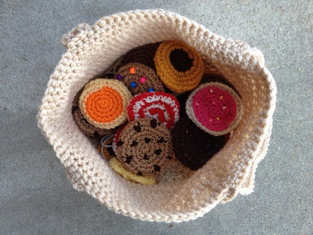 crochet bag, crochetbug, crochet tote, crochet cookies, crochet circles