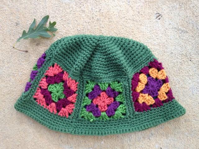 crochetbug, granny square chemo cap, michele maks, granny square hat, crochet hat, crochet cap