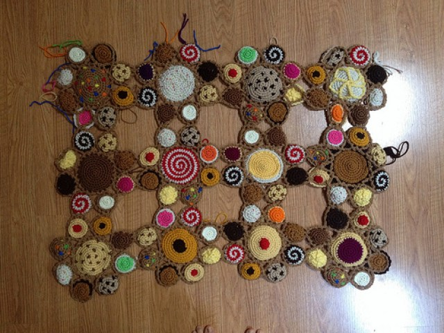 a dozen crochet cookie motifs