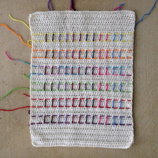 crochetbug, crochet blanket, crochet circles, crochet dots, DOTS, rainbow is a color