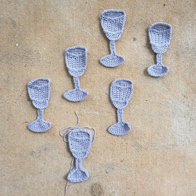 water tumbler crochet motifs