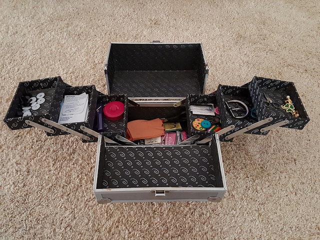 a tidier box of crochet tools