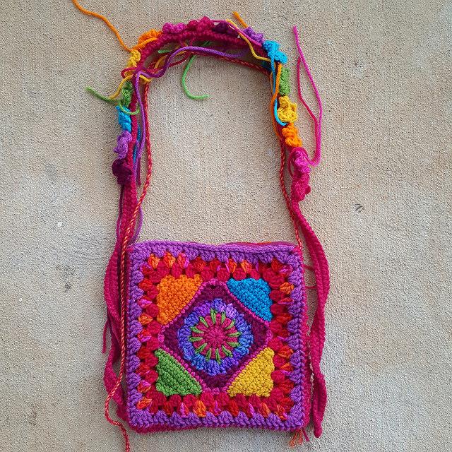 crochet purse takes shape