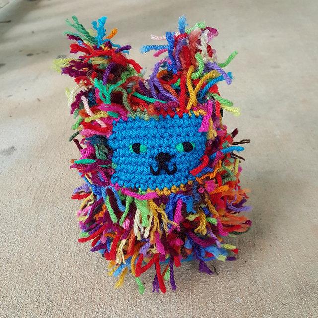 Scrap crochet cat