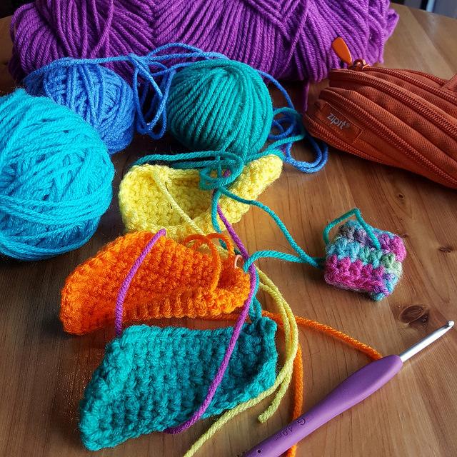 single crochet rectangles for scrap yarn amigurumi cats