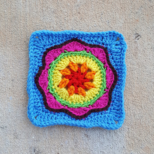 crochetbug, crochet, crochet squares, granny squares, crochet flowers, textured crochet squares