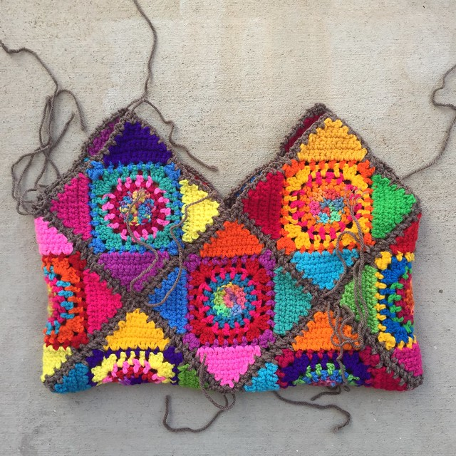"""The interior of the Crochetachella Purse sporting an """"If Jackson Pollock crocheted"""" look with ends to be woven in"""