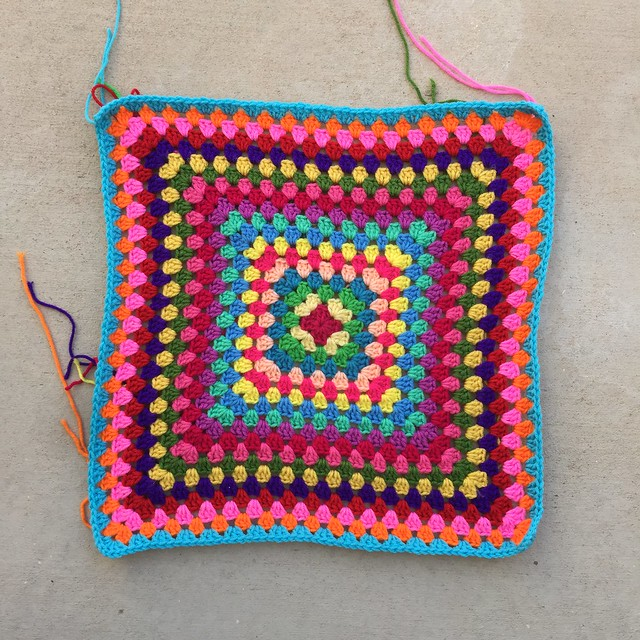 I finish the nineteenth round of a future granny square blanket