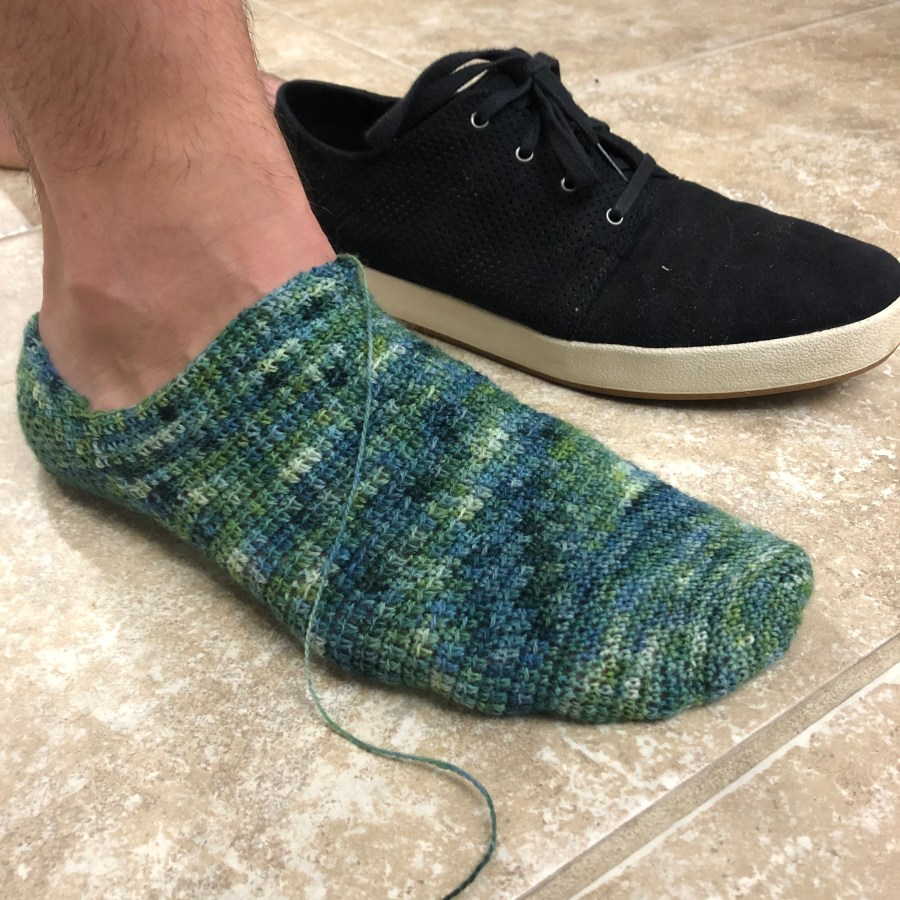 how crochet socks look in laceweight yarn