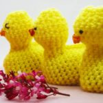 Free Crochet Pattern - Cream Egg Easter Chick