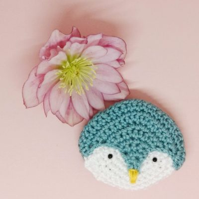 Penguin Brooch - Free Crochet Pattern - Crochet Cloudberry