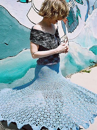 Free Crochet Pattern: Spiderweb Skirt