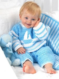 Free Crochet Pattern: Sailor Suit