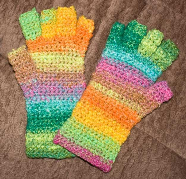 No Sew Fingerless Mitts Free Crochet Pattern