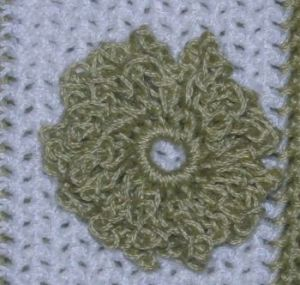 CrochetKim Free Crochet Pattern | Flower Embellishment Applique @crochetkim