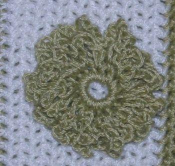 CrochetKim Free Crochet Pattern | Flower Embellishment Applique @crochetkim