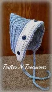 Free Crochet Pattern: Button Back Bonnet