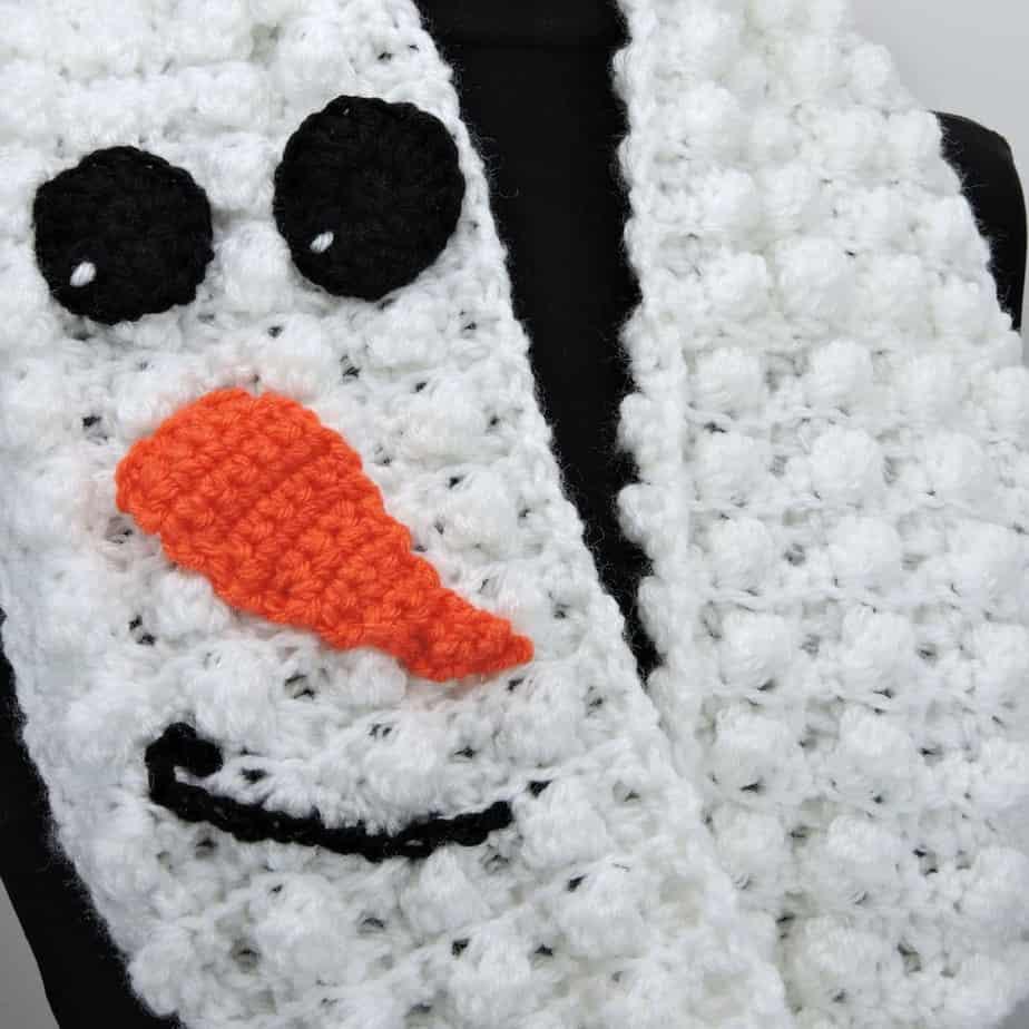 CrochetKim Free Crochet Pattern | Snowman Infinity Scarf
