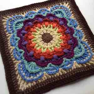 Free Crochet Pattern: Fan Dance Square